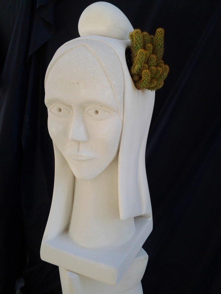 marianne sculpture siporex teixidor. Black Bedroom Furniture Sets. Home Design Ideas